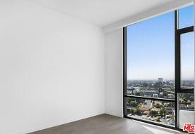 2435 S Sepulveda Blvd PH 216, Los Angeles, CA