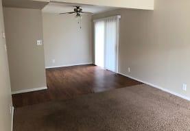 Ravine Woods Apartments, Morris, IL