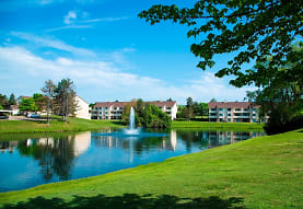 Aldingbrooke Apartments and Townhomes, West Bloomfield, MI