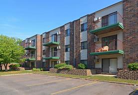 Pine Pointe Apartments, Saint Cloud, MN