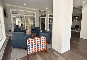 Oakbrook Apartments, Baton Rouge, LA