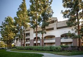 Valentia, San Diego, CA