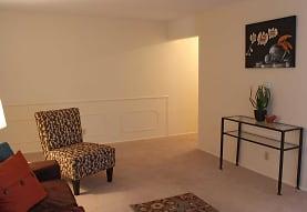 Eastlawn Arms Apartments, Midland, MI