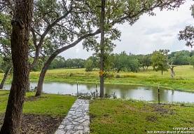 6 Upper Cibolo Creek Rd, Boerne, TX
