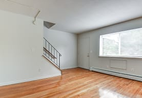 Sleeping Giant Apartments, Vernon Rockville, CT