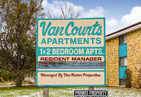 Van's Court Apartments And Townhomes, Fargo, ND