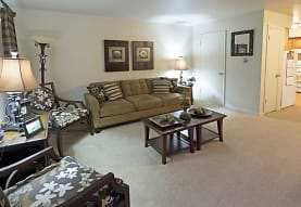 Brook Forest Apartments, Bensenville, IL