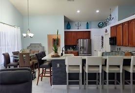 647 Charrice Pl, Sanford, FL