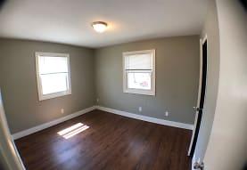 303 S Oak St, Mount Pleasant, MI