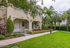 8289 Cascada Isles Dr, Hollywood, FL