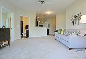 Oak Grove Crossing Luxury Apartment Homes, Newburgh, IN
