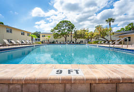 Brandywine Apartments, Saint Petersburg, FL