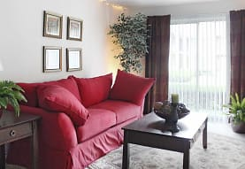 Knollwood Village Apartments, Grand Blanc, MI