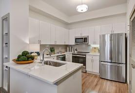 State Thomas Ravello Apartments, Dallas, TX