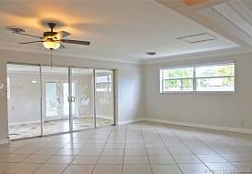 1606 N 29th Ave, Hollywood, FL