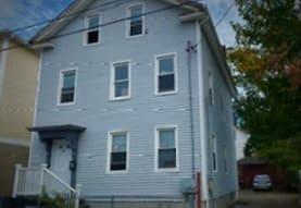 114 Harriet St, Providence, RI
