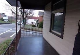 401 W 9th Ave 1, Tarentum, PA