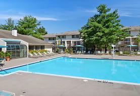Regency Club Townhomes & Apartments, Glen Burnie, MD