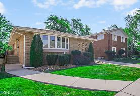 8955 S Francisco Ave, Evergreen Park, IL