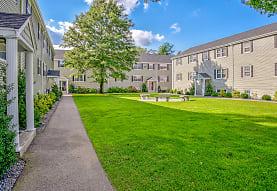 Cranberry Court Apartments, Kingston, MA