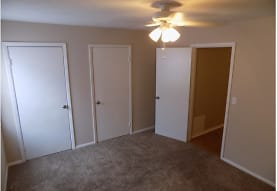 Shady Tree Apartments, Evansville, IN
