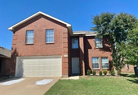 1116 Browntop St, Crowley, TX