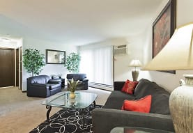 Lake Cove Village Apartments, Inver Grove Heights, MN
