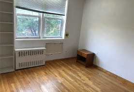 143-40 41st Ave 4L, Queens, NY