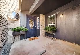 1304 Summerwood Ln, Richardson, TX