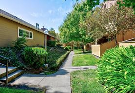 Spring Club Apartments, Santa Rosa, CA