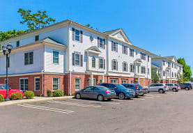 Spinnaker Prospect Falls Apartments Milford Ct 06460