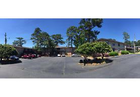 Lake Forest Apartments, Daphne, AL