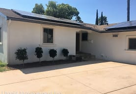 1126 Rustic Rd N, Escondido, CA