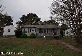 104 Gumwood Dr, Hampton, VA