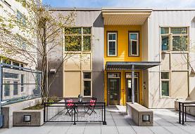 Thornton Place, Seattle, WA