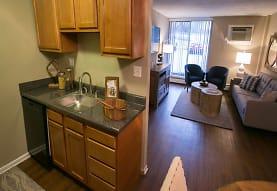 Solon Club Apartments, Bedford, OH