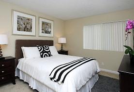 Seacliff Apartments, Pacifica, CA