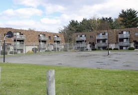 Foxes Lair Apartments, Elyria, OH