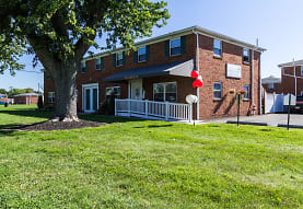 Heathwood Village, Heath, OH