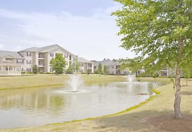Houston Lake Apartment Community, Kathleen, GA