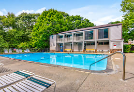 Peppertree Apartments, Groton, CT