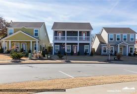 1689 N Izard Ln, Fayetteville, AR