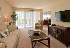 Thalia Gardens Apartments and Townhomes, Virginia Beach, VA
