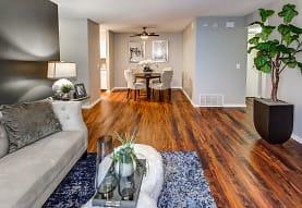 Lakeside Apartments - Lisle, IL 60532