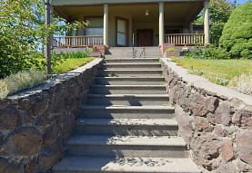 415 NW Ellis Ave, Pendleton, OR