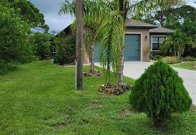 142 Yellow Pine Dr, Rotonda West, FL