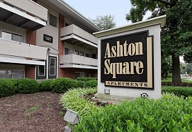 Ashton Square, Richmond, VA