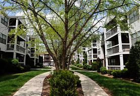 Oak Tree Village, Edison, NJ