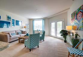 Leander Lakes Luxury Apartment Homes, Dover, DE