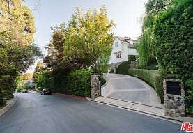 347 Fordyce Rd, Los Angeles, CA